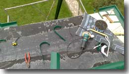 Монтаж водосточной системы для гибкой черепицы.