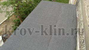 remont-myagkoj-krovli-na-podezdnyx-kozyrkax-14