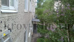 remont-myagkoj-krovli-na-podezdnyx-kozyrkax-15
