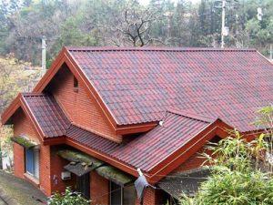 Крыша покрытая ондувиллой