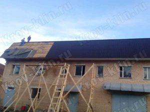 Монтаж ондулина на крышу