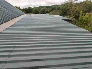 Крыша навеса покрытая профнастилом